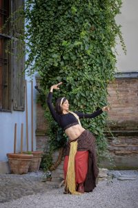 Tribal Fusion Belly Dance in Innsbruck - Jade Mate